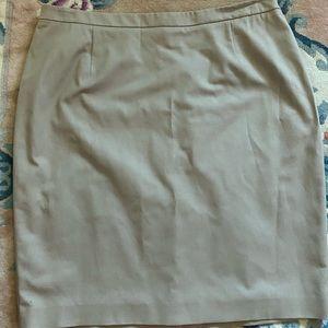 Tahari Woman Khaki Skirt NWT Size 18